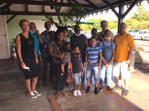 Départ des enfants pour le vol retour vers la Dominique